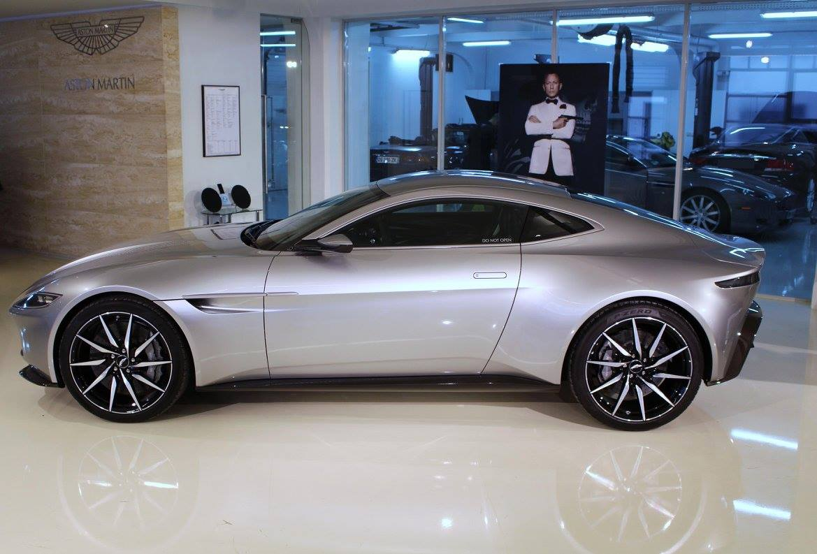 AstonmartinDB10