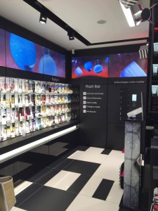 sephora-flash-display_mini