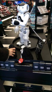 sephora-flash-robot-nao-card-nfc